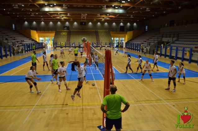 Scuola di pallavolo e beach volley